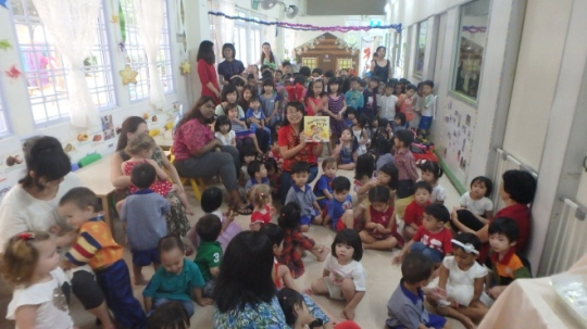 Ye Ye's first audience - Life Child Care Centre